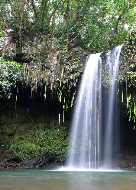 twin-falls-maui-hawaii-pierre-leclerc